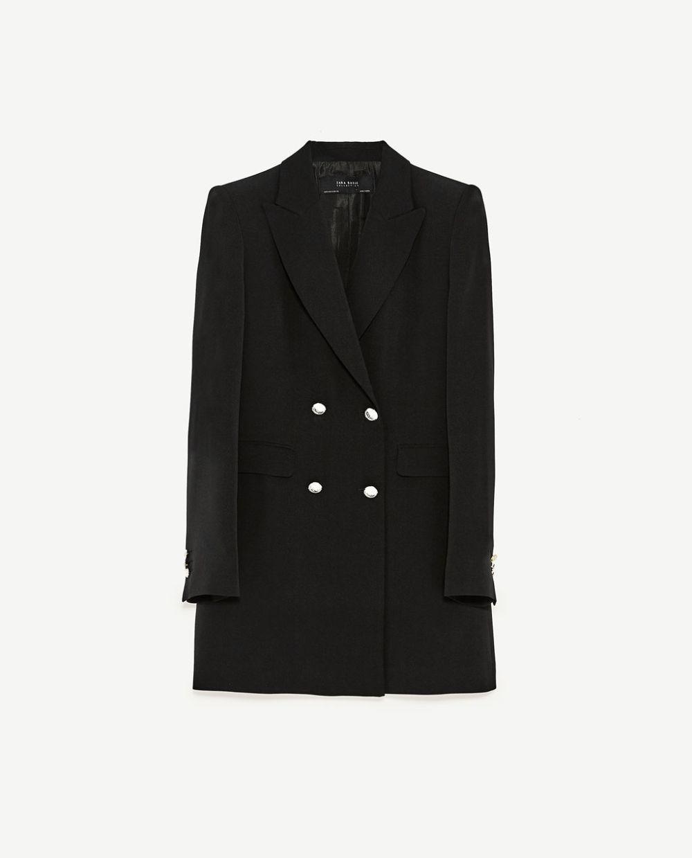 Blazer cruzada. De Zara (49,95 euros).