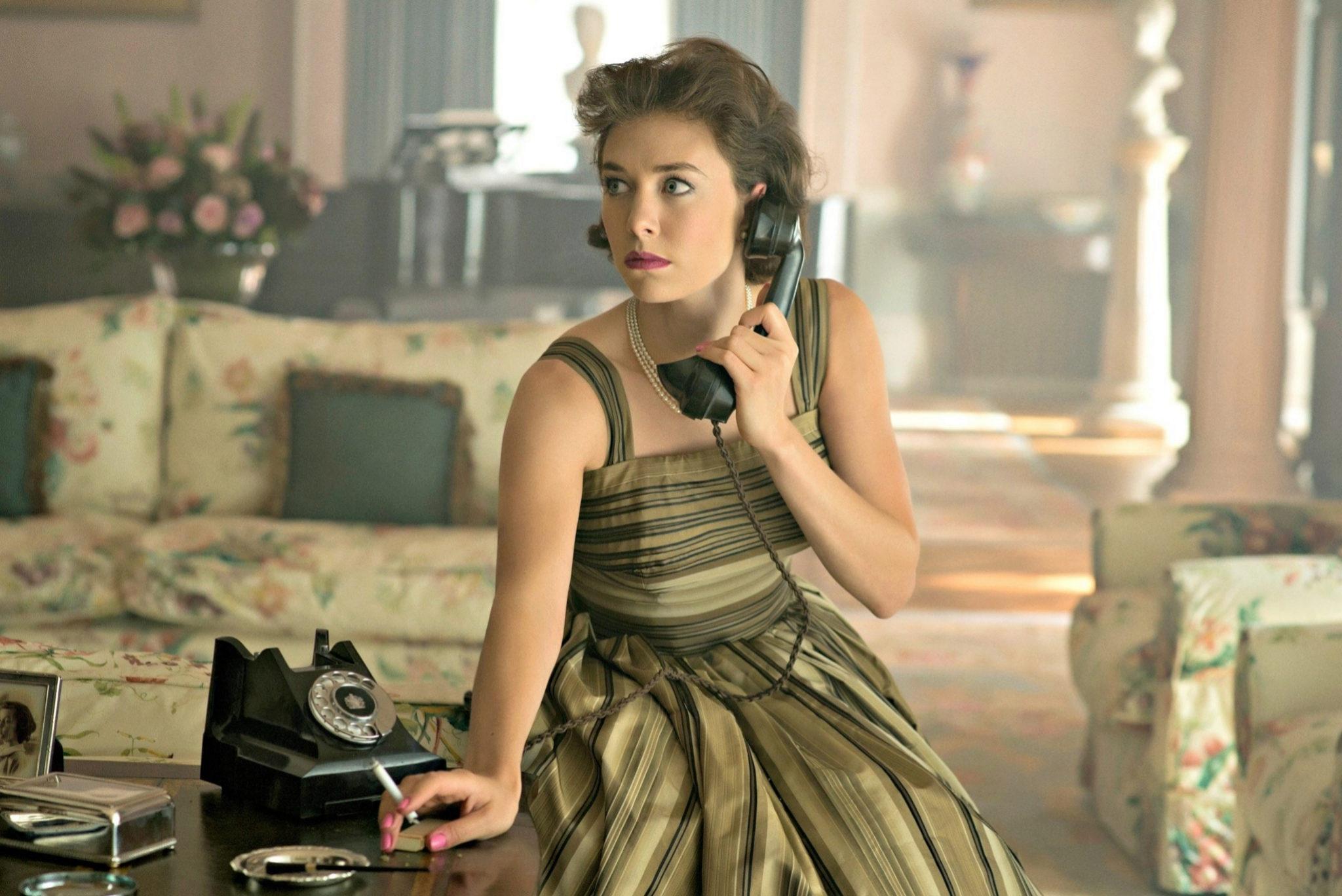 Vanessa Kirby interpreta a la princesa Margarita, hermana menor de...