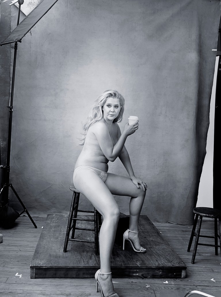 Amy Schumer, reivindicando la belleza real en el Calendario Pirelli de...