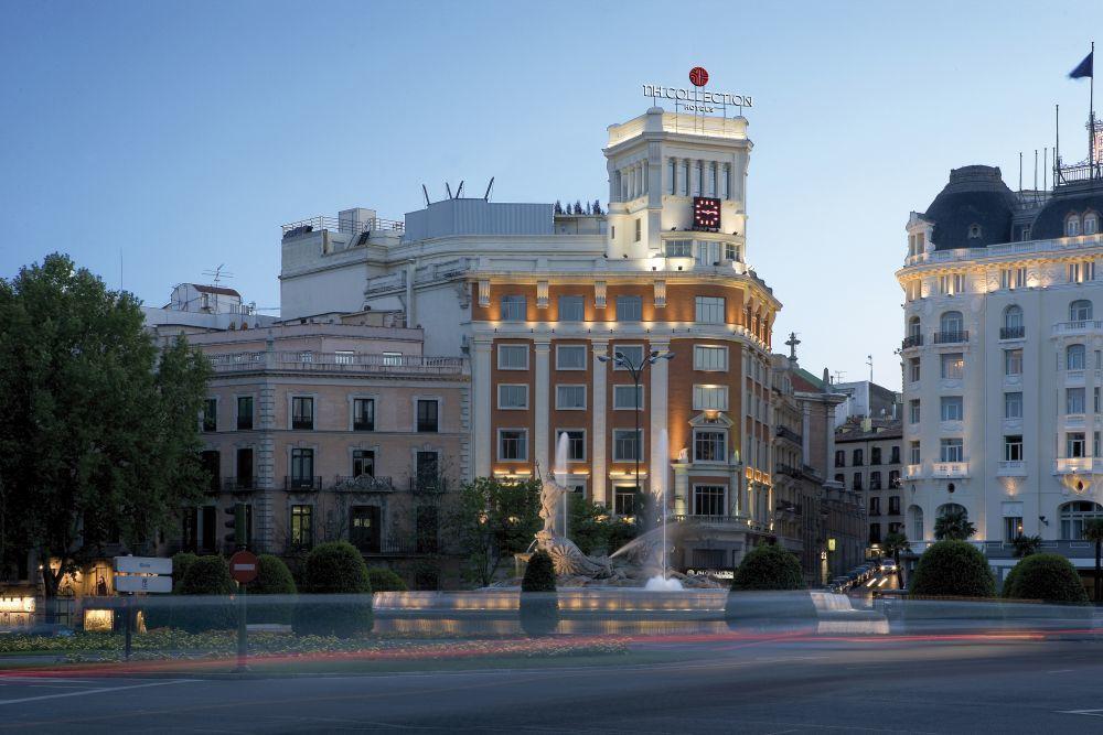 Fachada del NH Collection Madrid Paseo del Prado.