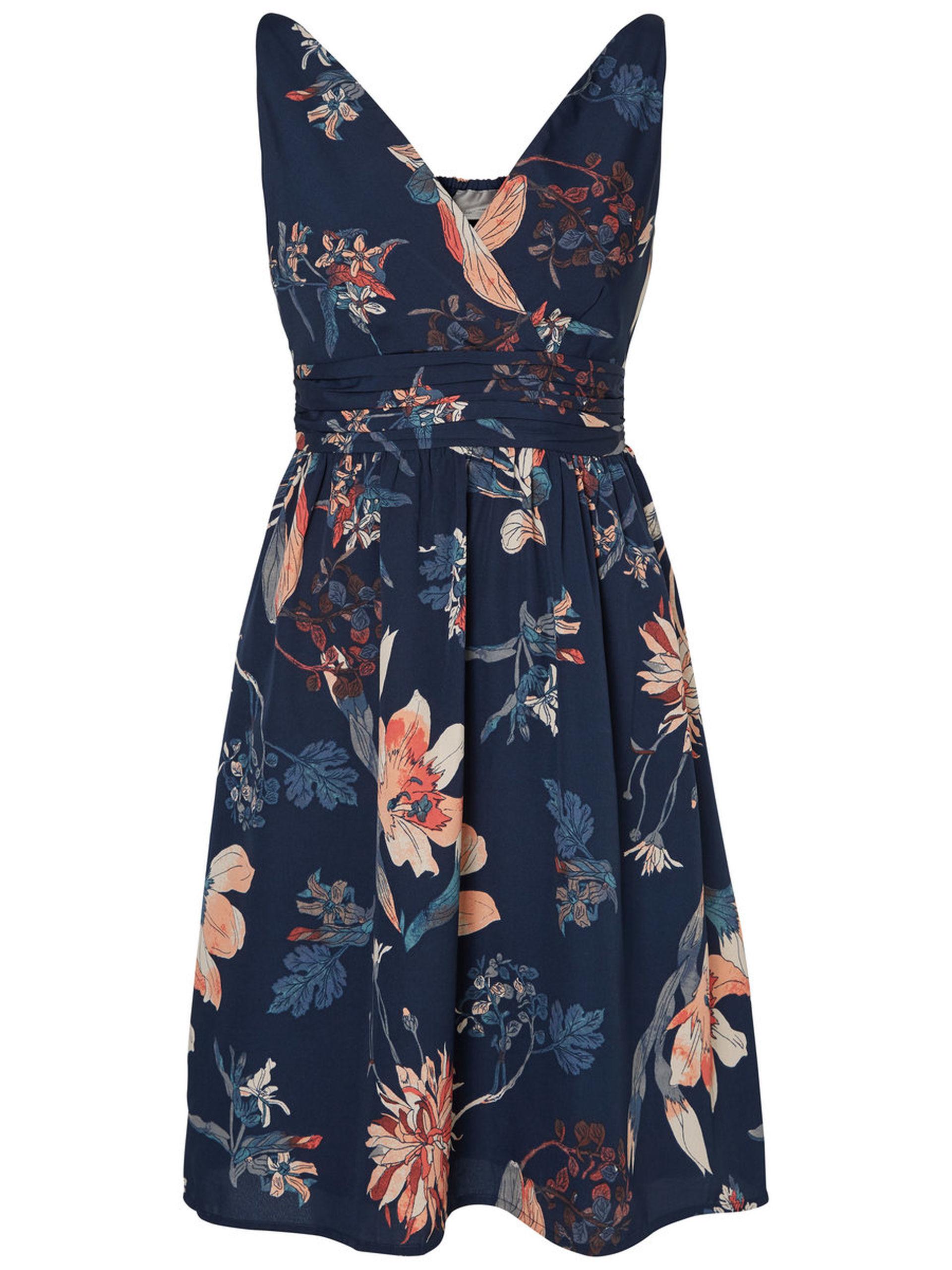 Vestido con estampado floral de Vero Moda. 29,99 euros.
