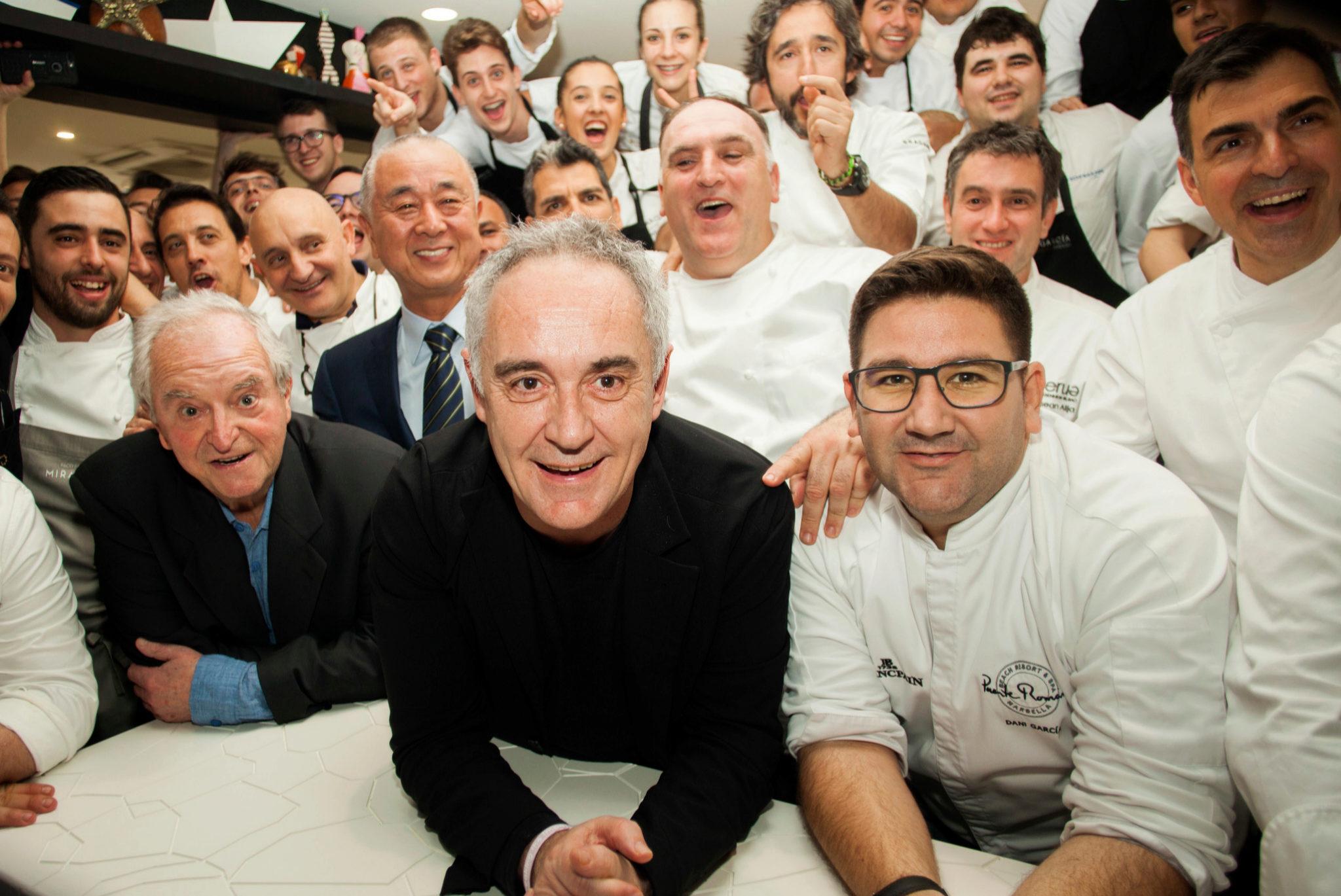 """Los chefs españoles que homenajearon a Nobu en el evento """"A 4 manos""""."""
