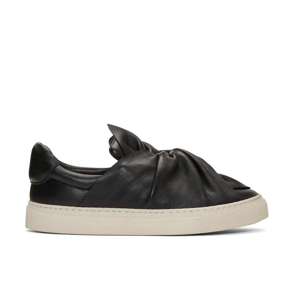 Sneakers en piel. De Ports 1961 (430 euros).