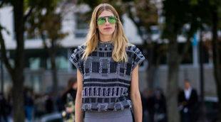 Veronika Heilbrunner con unos gafas de sol de estilo aviador con...