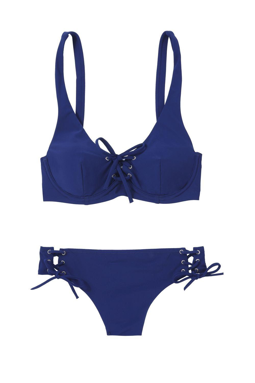 Mira todos los bikinis más favorecedores si tienes mucho pecho.
