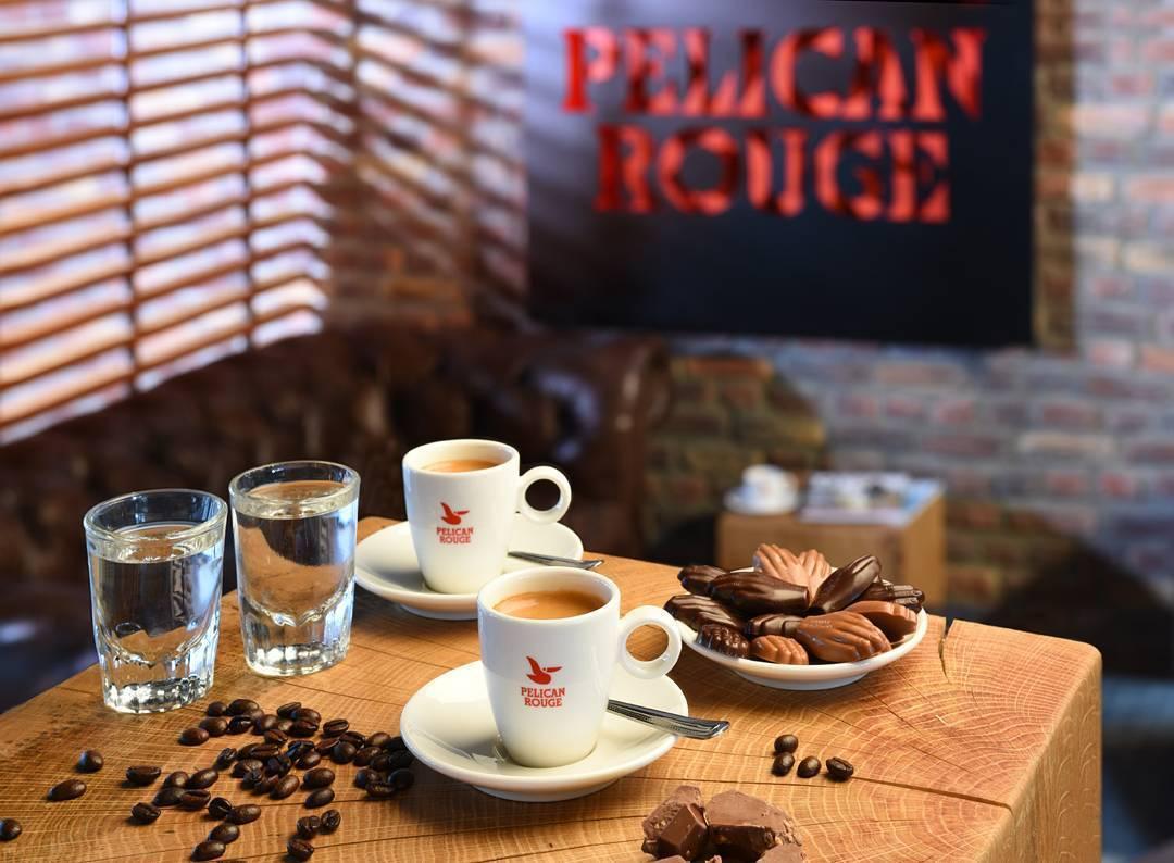 Café + chocolate belga, de cinco estrellas.