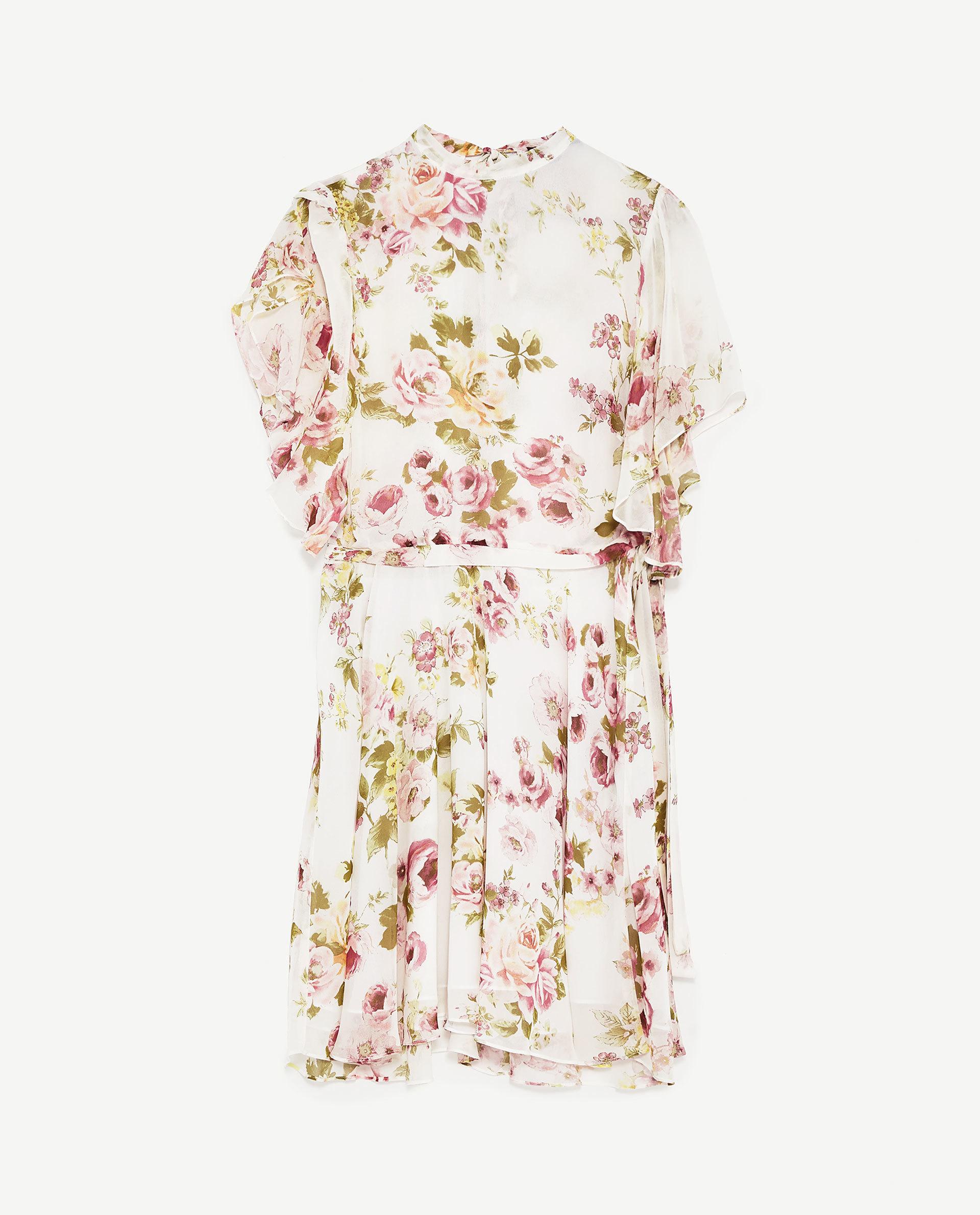 Vestido de Zara (39.95 euros).