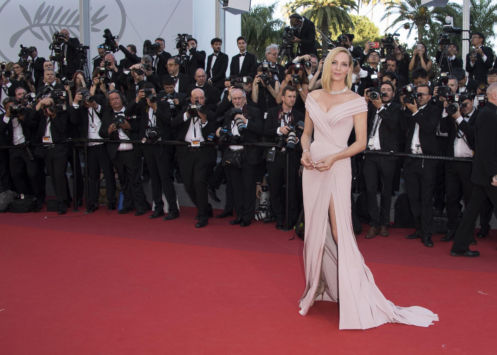 Uma Thurman deslumbra en el Festival de Cannes