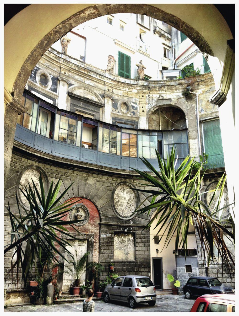 Con vistas a Via dei Tribulani, el Albergo del Purgatorio es una casa...