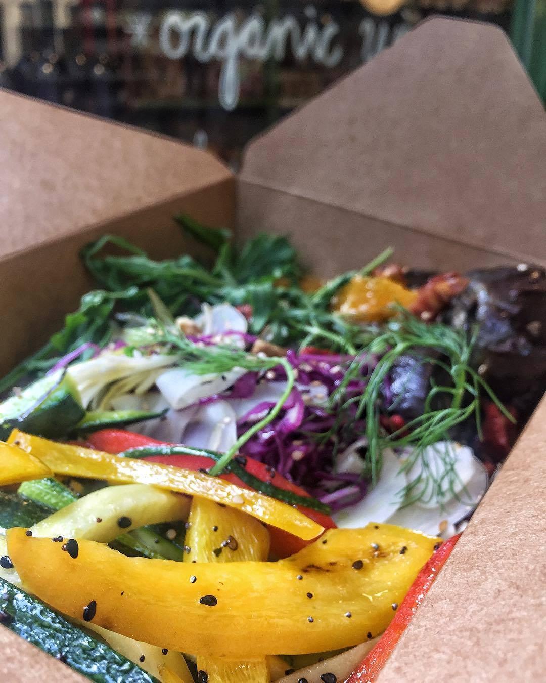 ¡Una 'lunch box' de Kiki Market para llevar, por favor!