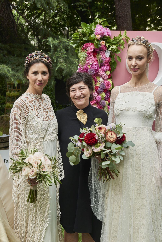 Las novias de Sole Alonso con ramos de flores de Naranjas de la China...