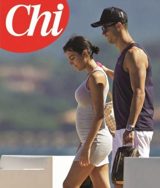 Imagen de Cristiano y Georgina durante sus vacaciones en Córcega, en...