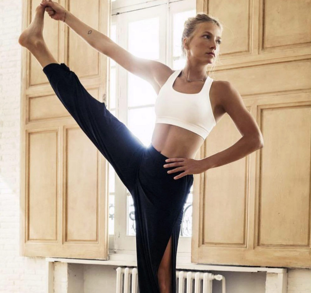 Lucía Liencres nos da las claves de las mejores posturas de pie.