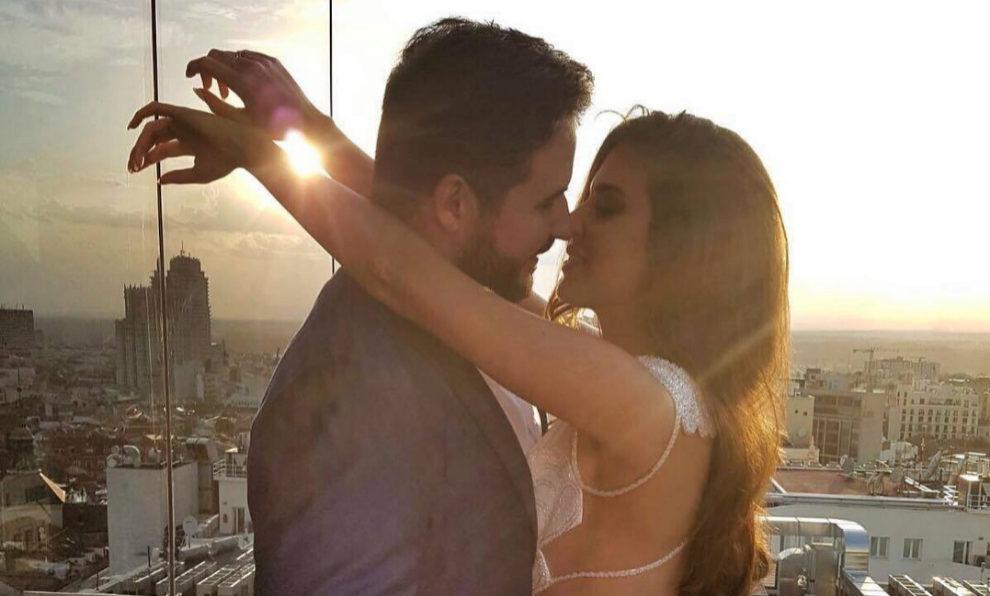 La modelo Clara Alonso, se da el 'sí quiero' con su novio, el...
