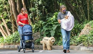 Irina Shayk y Bradley Cooper, primeras imágenes con su hija