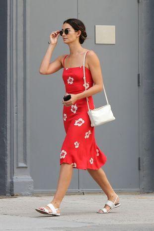 Lily Aldridge protagoniza el look del día.