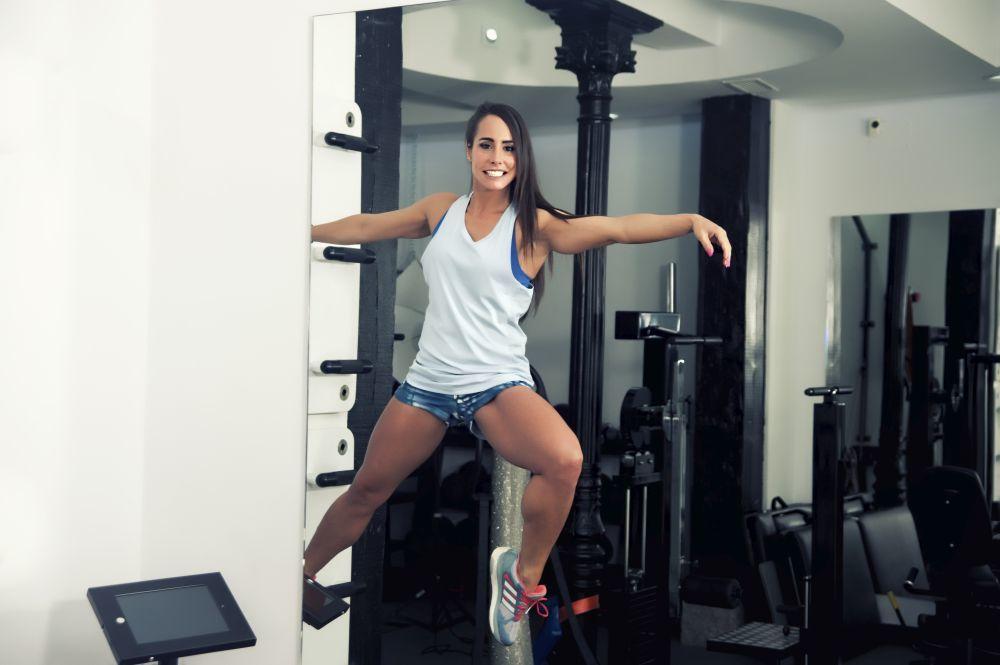Marta Rosado practicando Buti Yoga