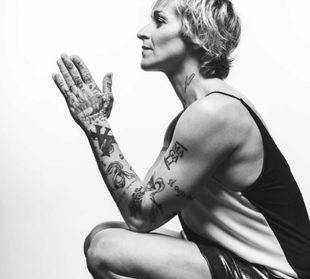 """""""Cambia tu cuerpo y tu vida en 20 días"""", por Magali Dalix"""