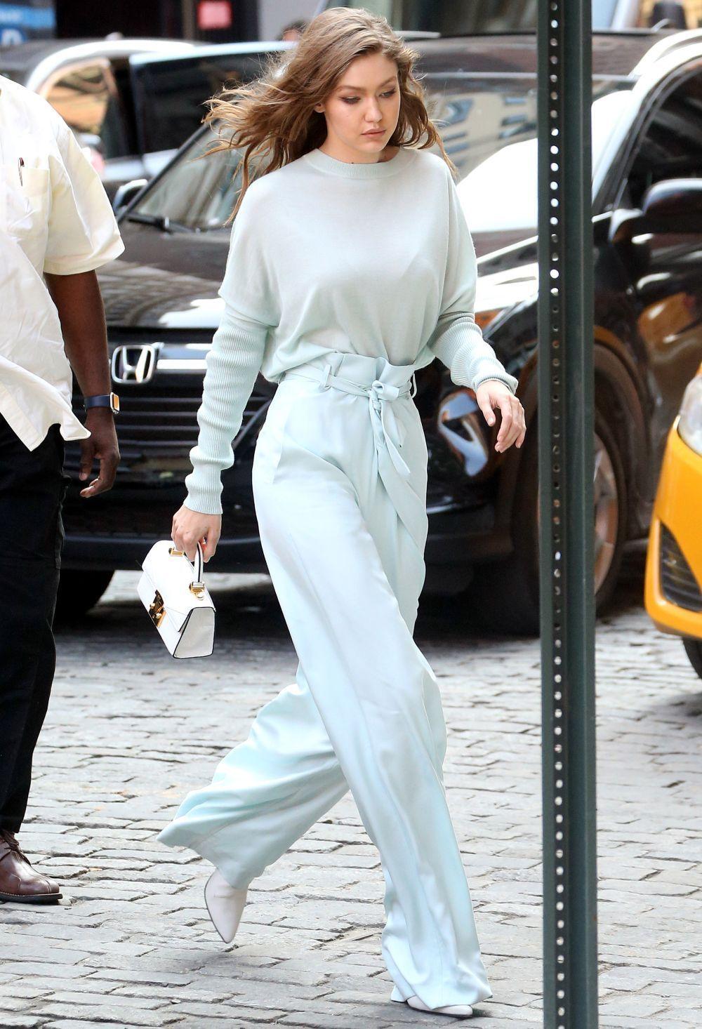 Gigi Hadid protagoniza el look del día.