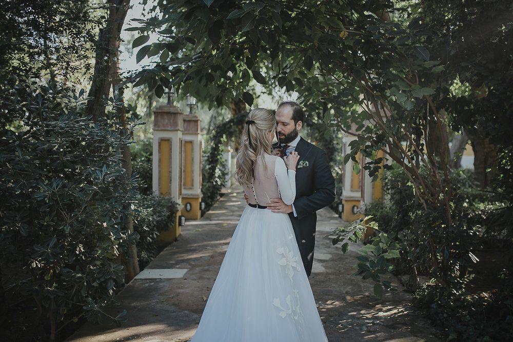 Bárbara y Vicente se casaron en una boda entre palmeras celebrada en...