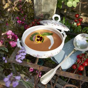 Si te gustan el gazpacho, te encantará reversionar y sofisticar la...
