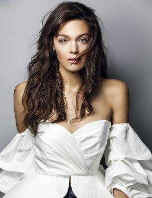 La actriz Ana Rujas presumiendo de melena.