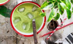 Gazpacho verde, la bebida milagro contra la grasa de la tripa