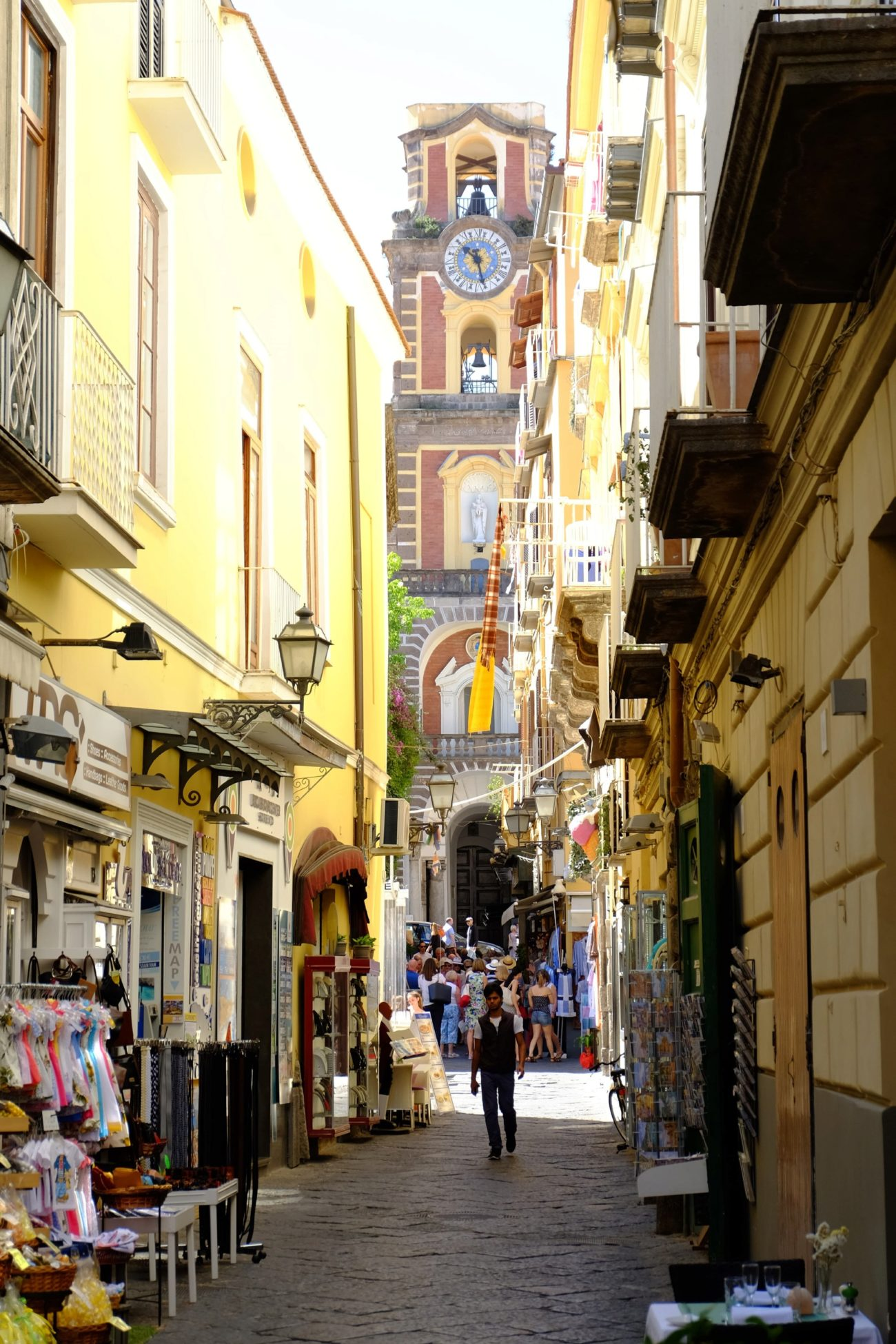 Calle típica de Sorrento para perderse paseando