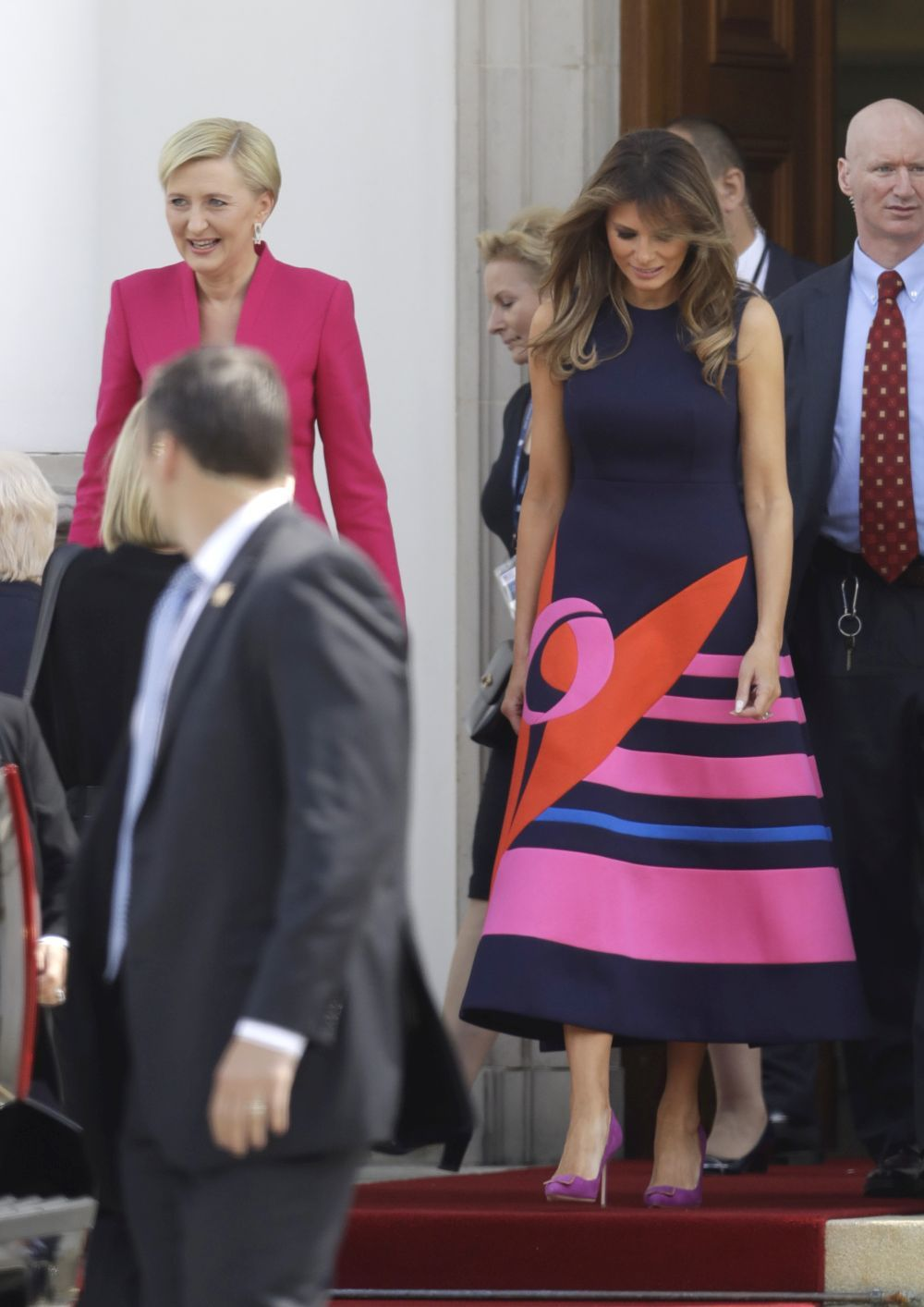 Melania Trump vestida por Delpozo