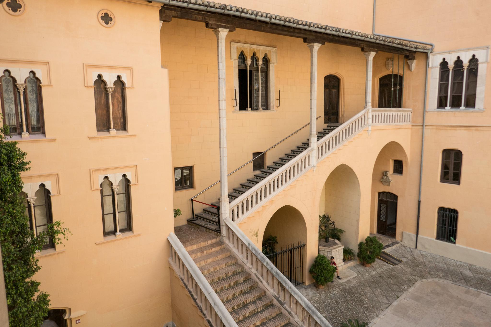 Patio del Palacio Ducal de Gandía