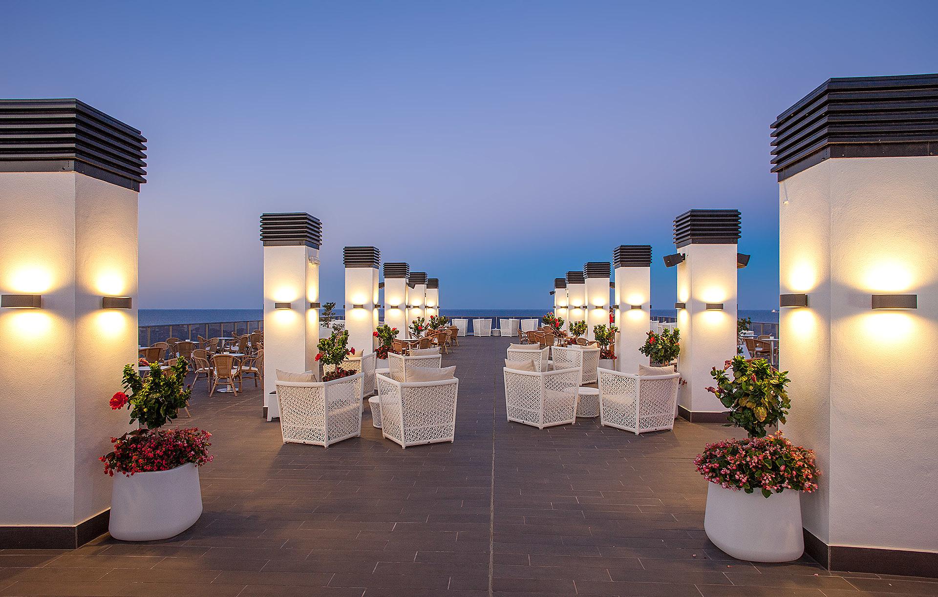 Terraza-Chill out Moon, en el Hotel RH Bayren, el lugar con mejor...