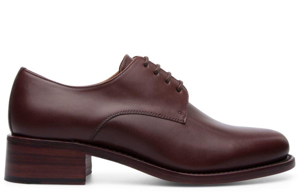 Zapato de piel, Cartujano (490 euros).