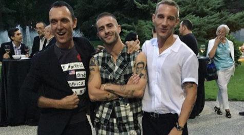 Gorka Postigo, Pelayo y Pablo Sáez en su homenaje