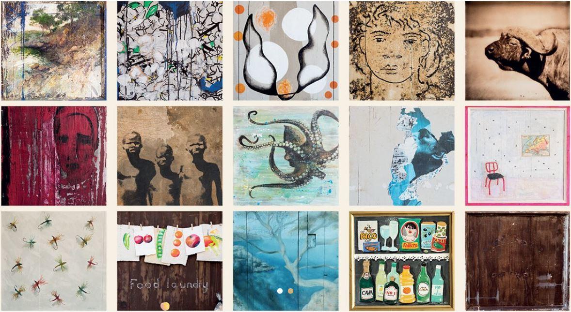 Los cuadros de los artistas expuestos durante la celebración del...