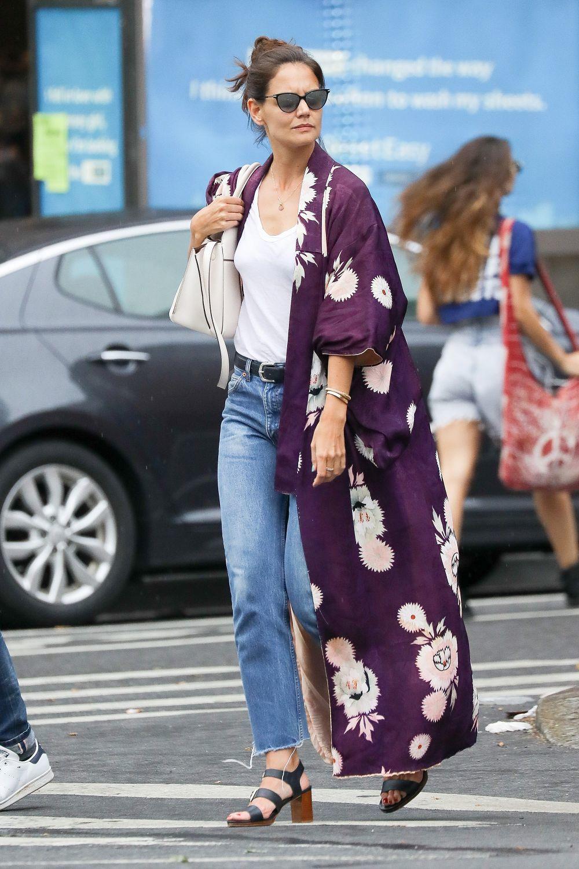 Katie Holmes protagoniza el look del día.