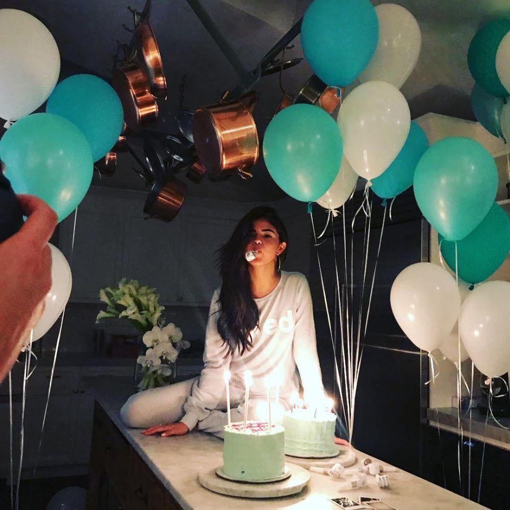 Selena compartió la celebración de su cumpleaños a través de...