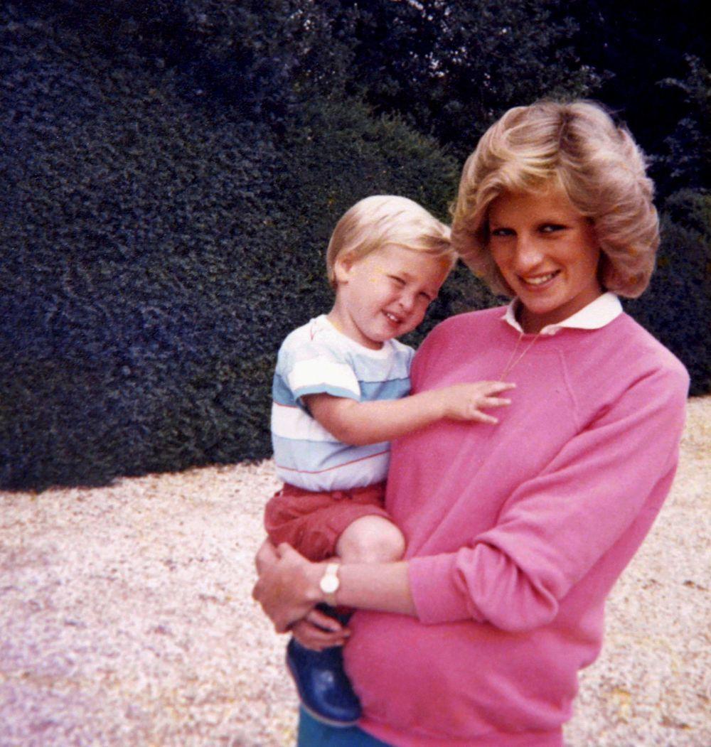 """Documental """"Diana nuestra madre: su vida y su legado"""""""
