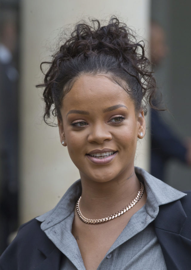 8e7ae0934 Rihanna | Famosas sin maquillaje: la tendencia que arrasa en...