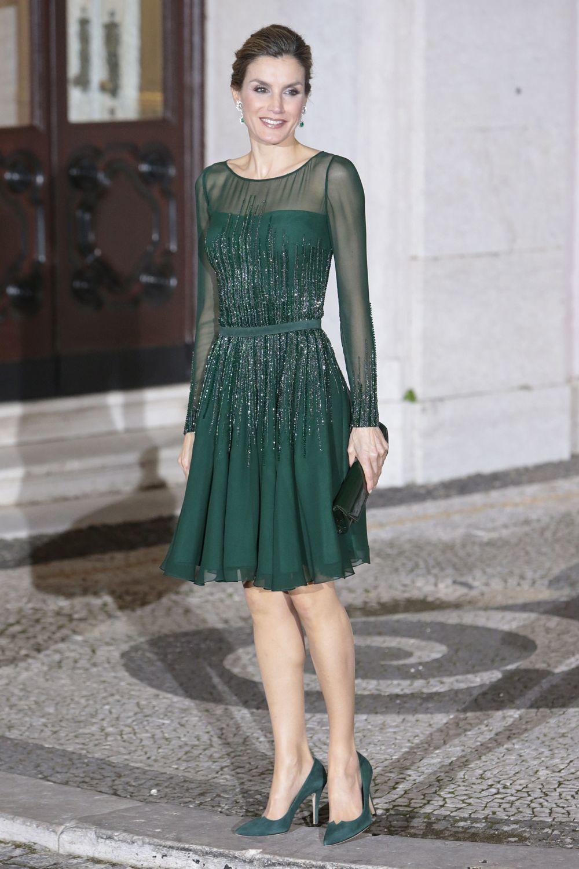 Vestido Verde Con Pedrería El Estilo De La Reina Letizia