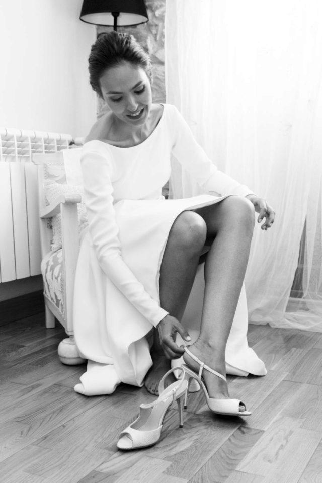 los zapatos | una boda en un castillo de jaén | novias/bodas
