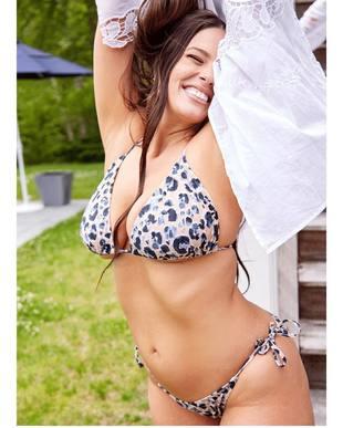 Ashley subió esta foto para celebrar el día internacional del bikini