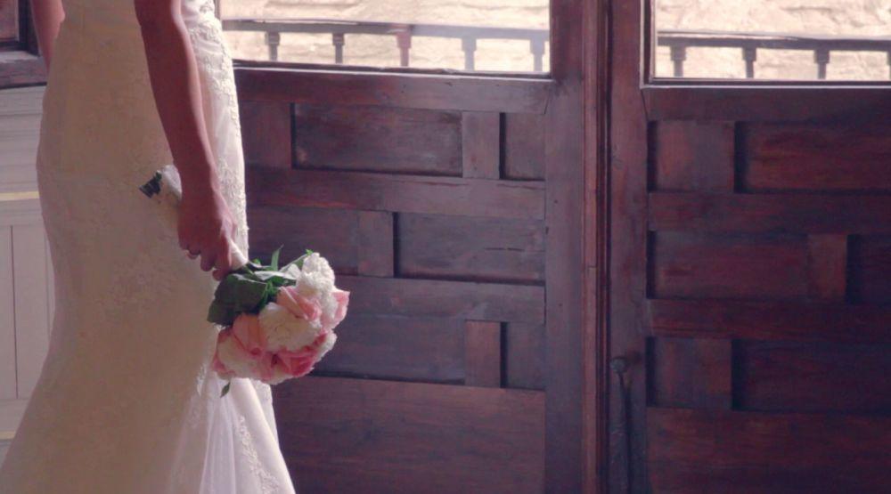 El ramo de novia, obra de la floristería Rafael, en Granada, estaba...