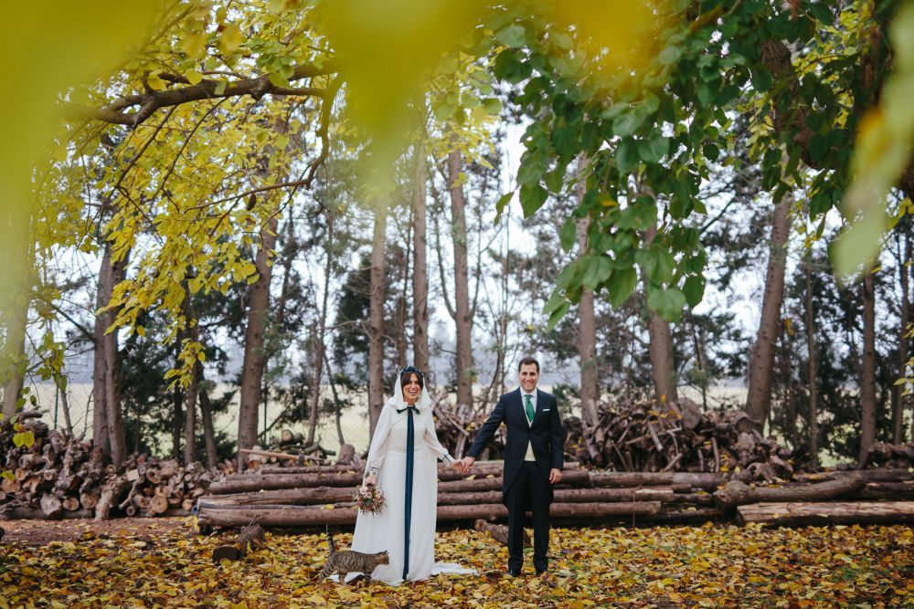 María y Santi se casaron en una romántica boda donde los...