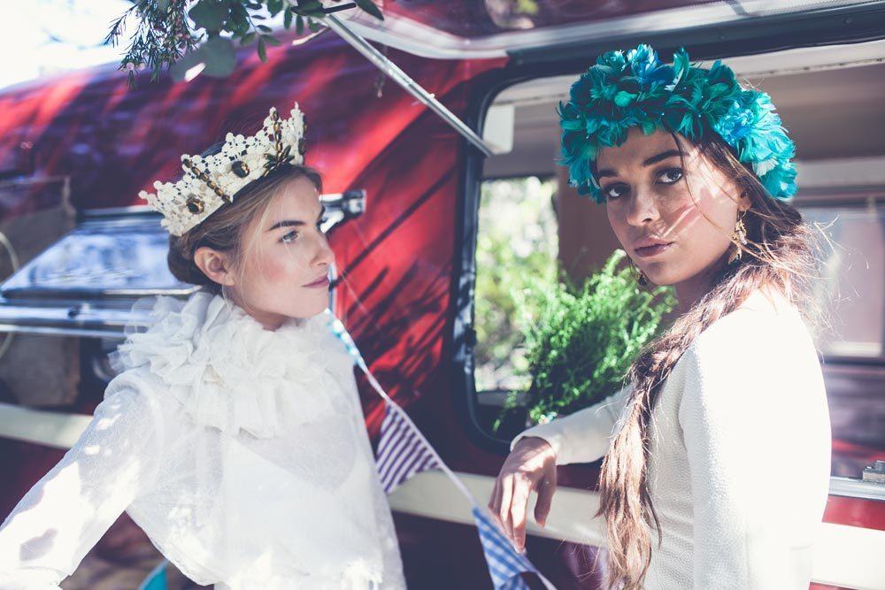 5 marcas de tocados para novias e invitadas  ee8d092a0e3c