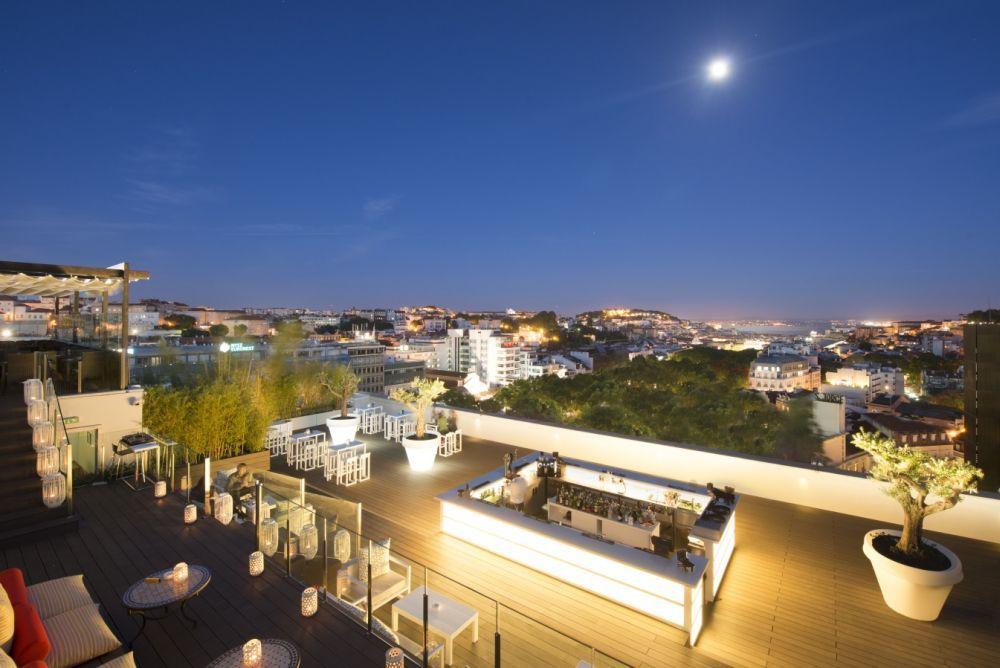 Terraza del Sky Bar en el Hotel Tívoli