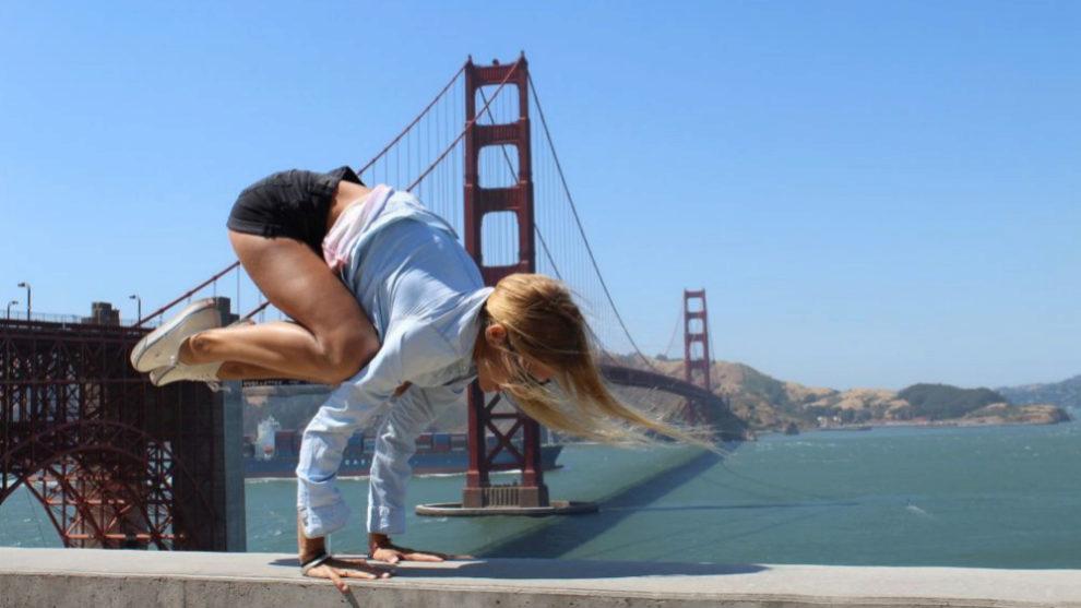Nuestra yogui Lucía Liencres durante su viaje de novios en California