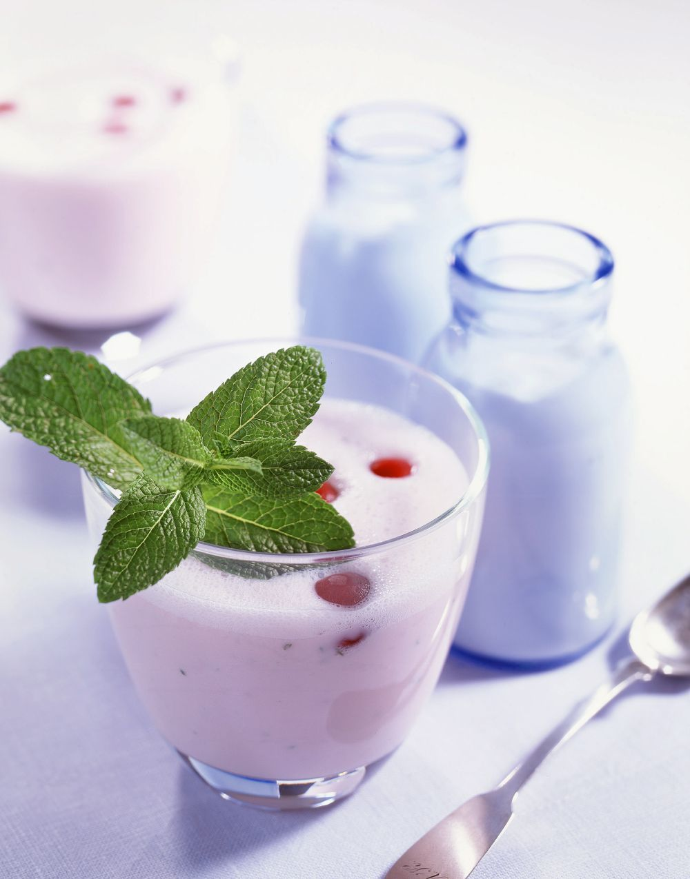 Entre los dos más recomendados se encuentran el yogur natural...