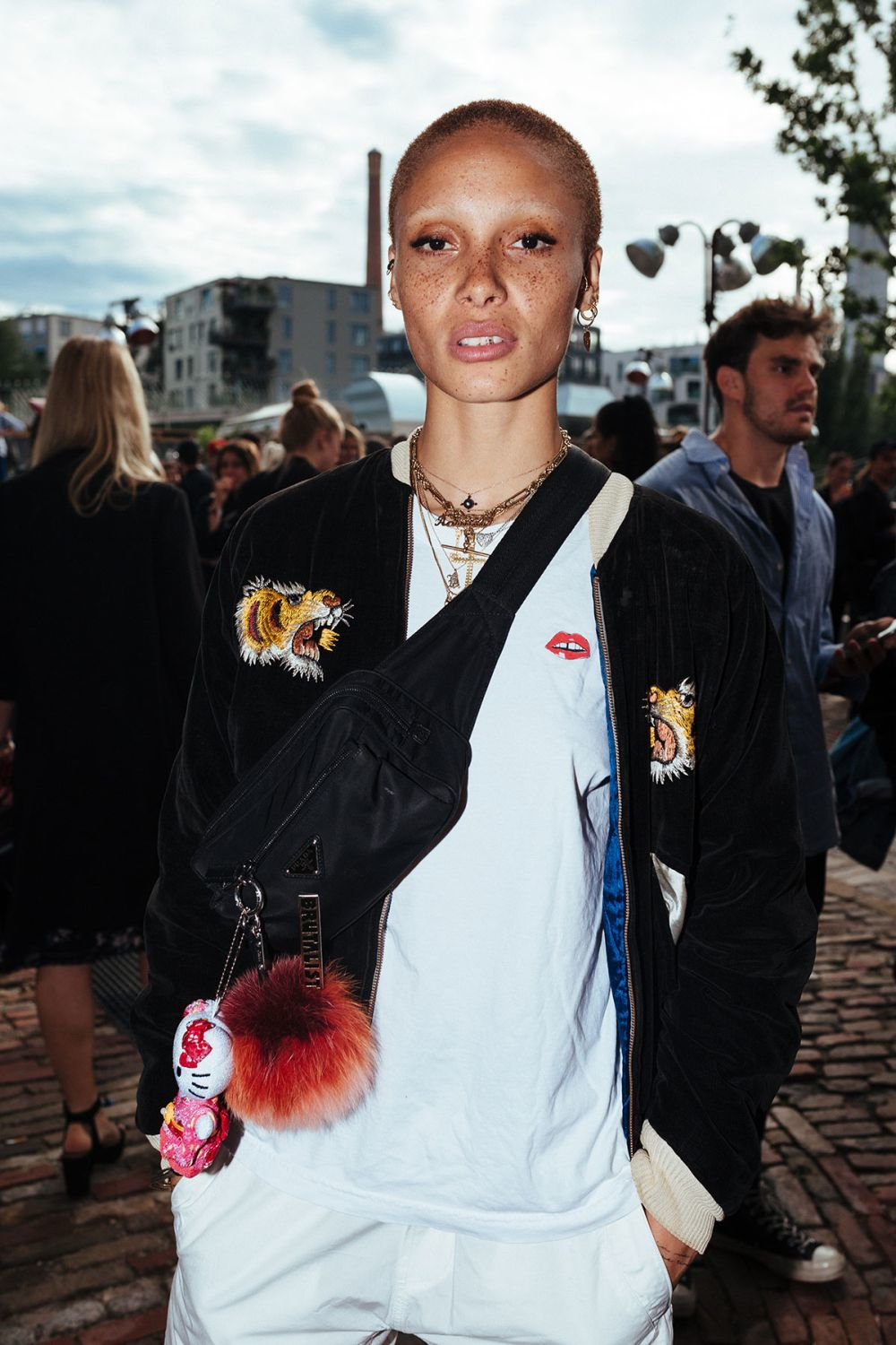 Adwoa Aboah en Bread & Butter by Zalando