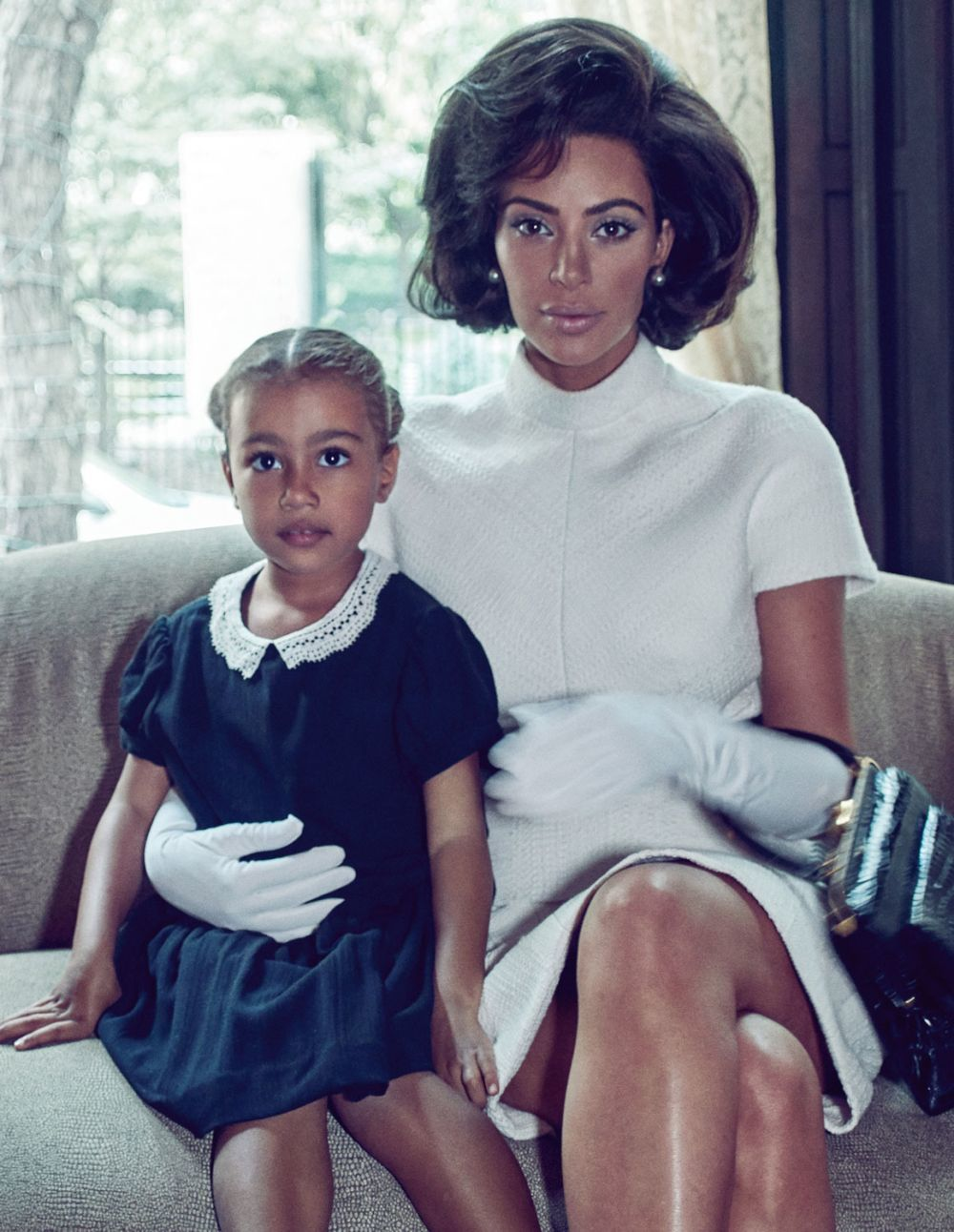 Kim Kardashian como Jackie Kennedy con su hija North