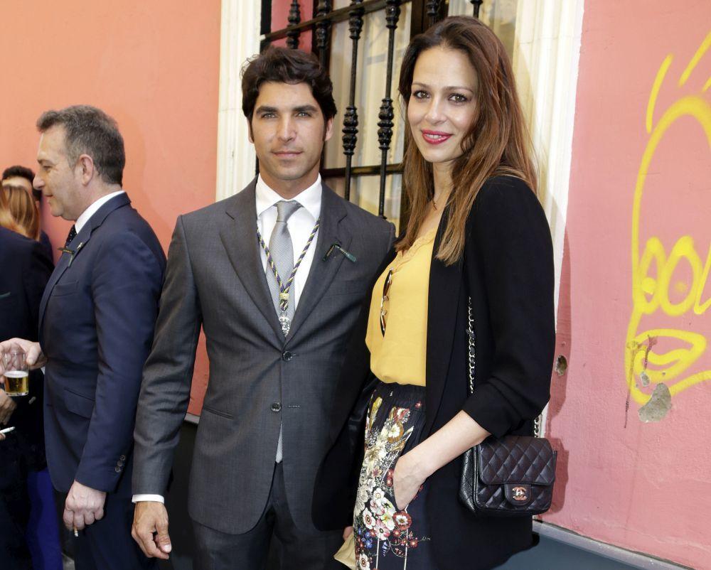 Eva González y Cayetano Rivera confirman que serán padres a través...